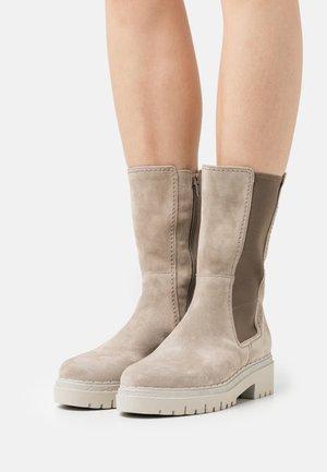 Boots - kiesel