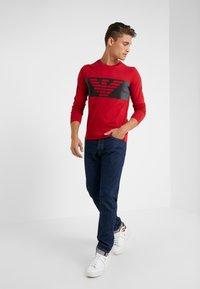 EA7 Emporio Armani - T-shirt à manches longues - red - 1