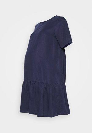 PCMWHY SITA DRESS - Denní šaty - evening blue