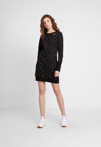 Ragwear - MENITA FLOWERS - Korte jurk - black - 0