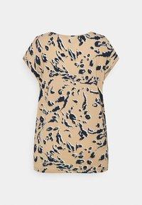 Vero Moda Tall - VMAVA PLAIN - Print T-shirt - hailey - 1