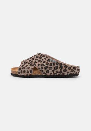CAROLINA - Pantofle - beige