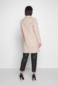 comma - Zimní kabát - dark sand - 2