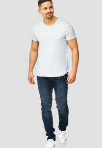 INDICODE JEANS - WILBUR - Print T-shirt - light blue - 1