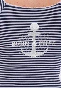 Queen Kerosin - MIT SÜSSER SCHLEIFE AM  - Print T-shirt - navy - 4