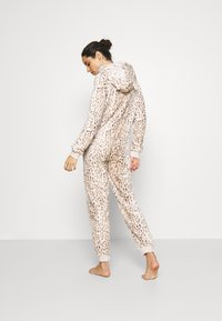 Loungeable - LEOPARD PRINT LUXURY ONESIE EMBROIDERED HOOD - Pyjamas - brown - 2