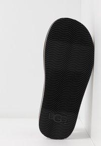 UGG - ZUMA SLING - Sandals - black - 6