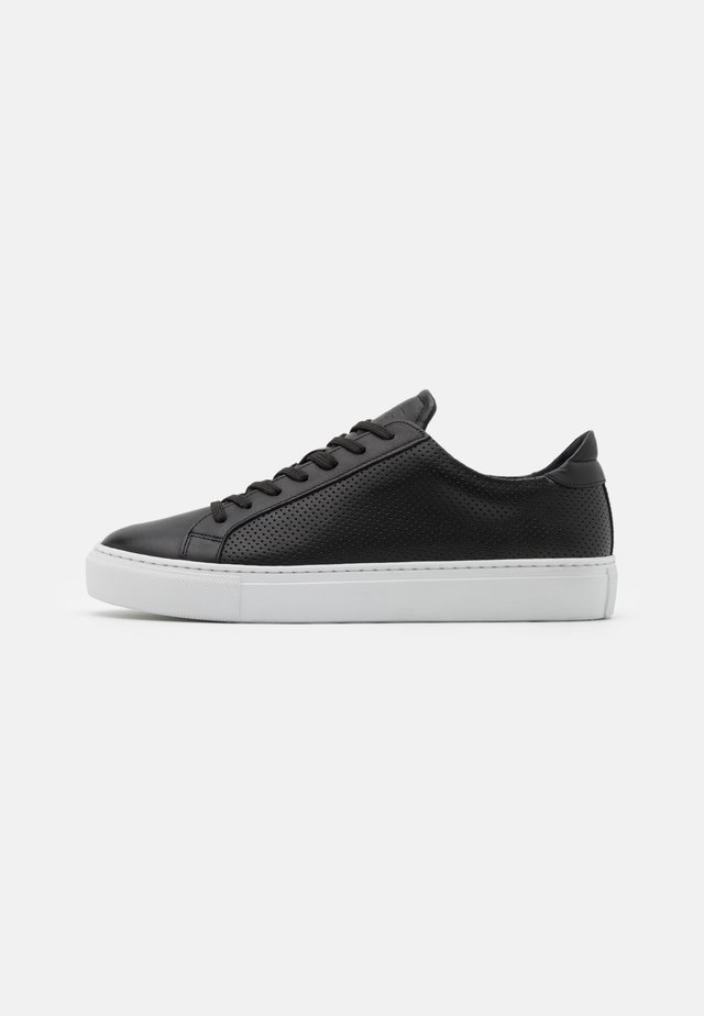 TYPE PERFORATED - Sneaker low - black