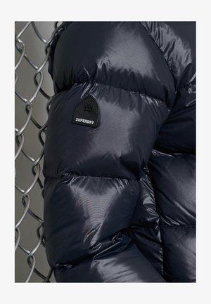 LUXE ALPINE - Gewatteerde jas - eclipse navy