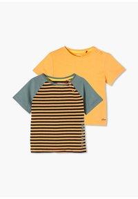 s.Oliver - 2 PACK - Print T-shirt - orange stripes/orange - 2
