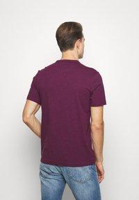 Farah - DENNIS SOLID TEE - Print T-shirt - purple marl - 2