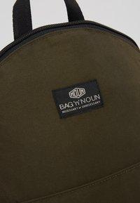Bag N Noun - CANADA FLAP SAC - Rucksack - olive - 7