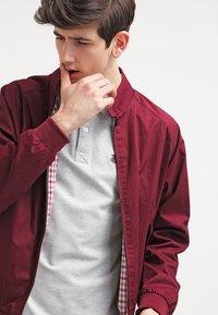 Selected Homme - SLHARO EMBROIDERY - Polo shirt - light grey melange - 3