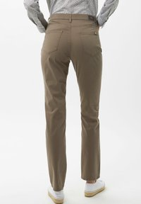 BRAX - STYLE MARY - Trousers - khaki - 2