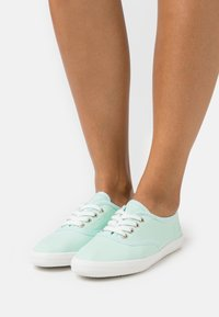 TOM TAILOR - Trainers - mint - 0