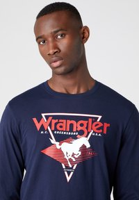 Wrangler - LS MODERN AMERICANA - T-shirt z nadrukiem - navy - 3