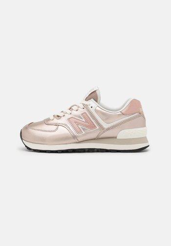 WL574 - Sneaker low - rose