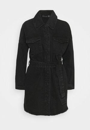 THE SOLITARY DRESS - Denim dress - denim
