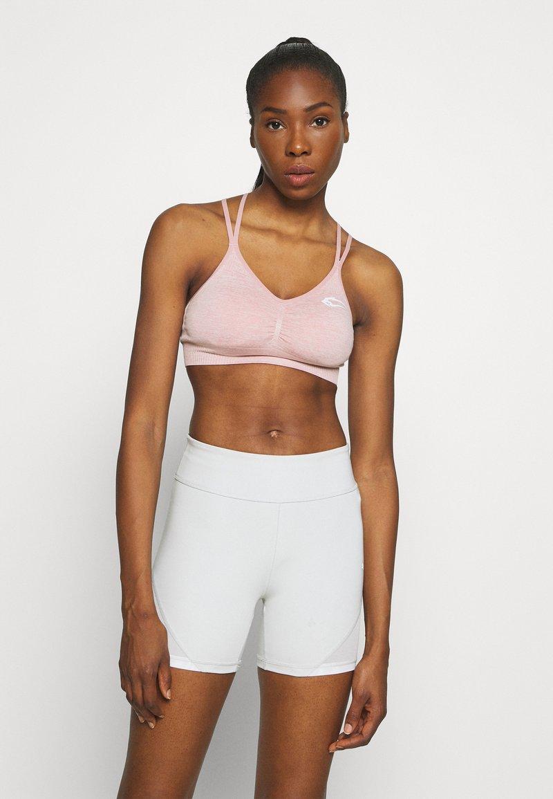 Smilodox - SEAMLESS SPORTS BRA GLOW - Brassières de sport à maintien normal - rosa