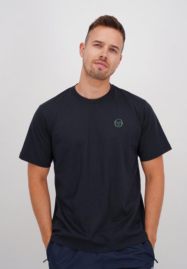 SERGIO - Basic T-shirt - blk/botnic
