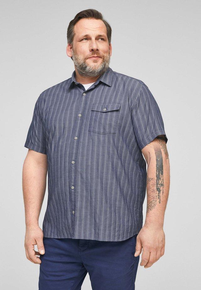 Shirt - blue stripes