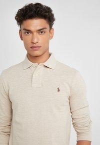 Polo Ralph Lauren - BASIC  - Pikeepaita - expedition dune - 4