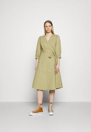 JOSEFIA - Denní šaty - gray green