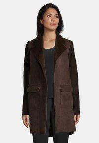 Betty Barclay - Short coat - dark chocolate - 0