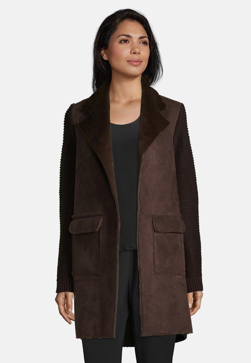 Betty Barclay - Short coat - dark chocolate