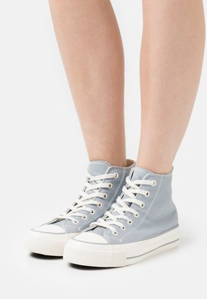 VEGAN BRITT RETRO  - High-top trainers - dusty blue