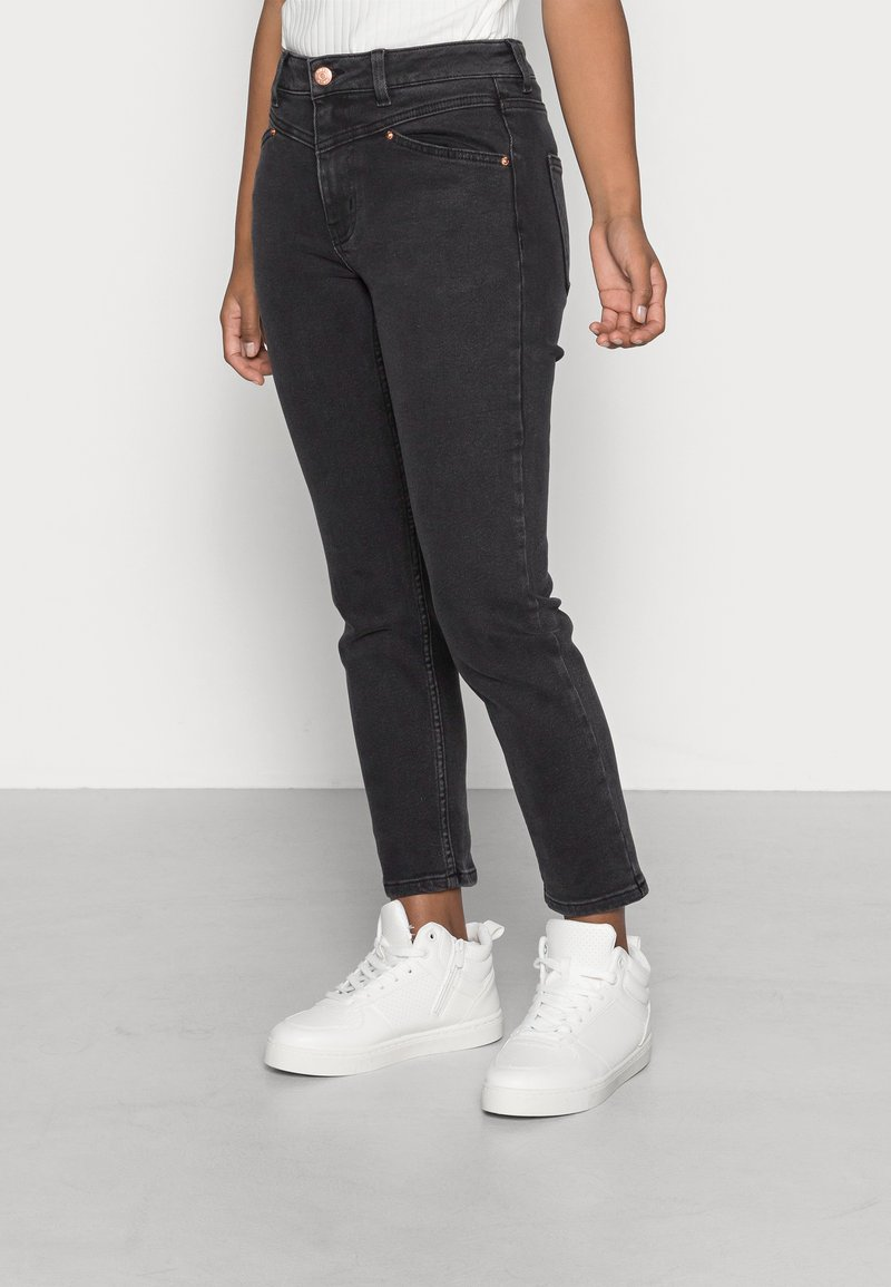 ONLY Petite - ONLERICA LIFE - Jeans Skinny Fit - black