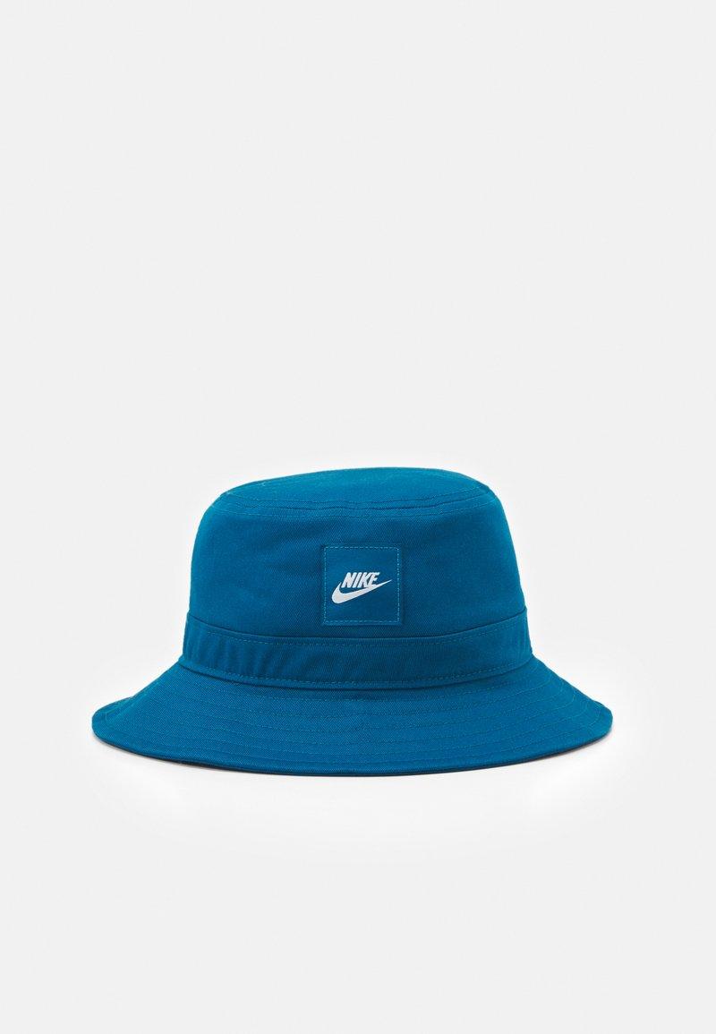 Nike Sportswear - UNISEX - Klobouk - green abyss