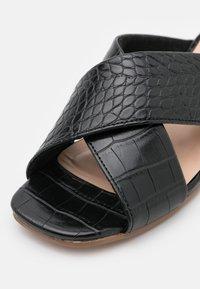 Vero Moda - VMLIDIA  - Mules - black - 6