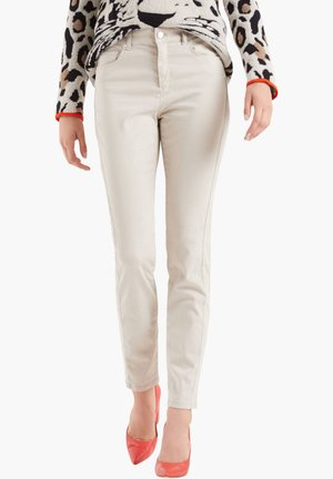 MARC CAIN DAMEN STOFFHOSE - Trousers - sand (21)