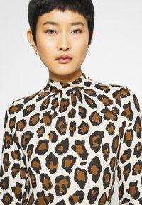 Closet - CLOSET HIGH NECK FRONT SLIT DRESS - Day dress - brown - 5