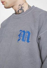 Mennace - GLOBAL COLLECTIVE - Sweatshirts - grey - 4