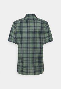 PS Paul Smith - MENS CASUAL FIT - Shirt - dark green - 7