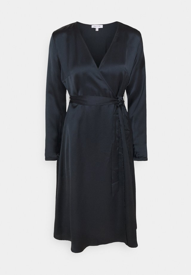 BELTED WRAP MIDI DRESS - Hverdagskjoler - black