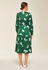 IVY & OAK - PUFFY DRESS MIDI - Day dress - green - 1