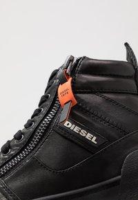 Diesel - S-DVELOWS MID - Sneakersy wysokie - black - 5