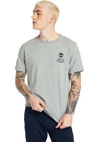 Timberland - Print T-shirt - medium grey heather - 0