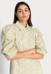 Birgitte Herskind - AMI DRESS - Robe chemise - yellow liberty - 3