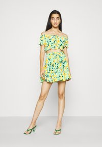 Glamorous - Blouse - green painted floral - 1