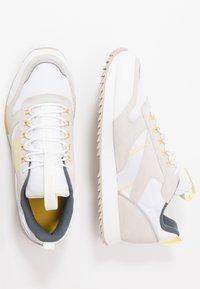 Reebok Classic - RIPPLE TRAIL - Sneakers - white/lemon glow/toxic yellow - 1