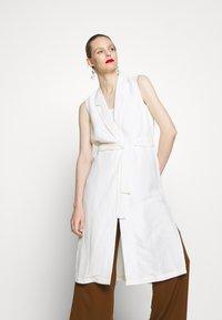 Esprit Collection - LONG VEST - Väst - off white - 0