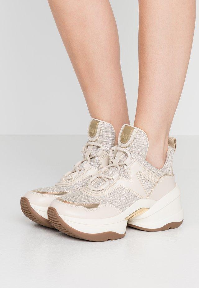 Zapatillas - pale gold