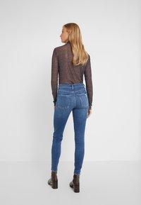 Agolde - SOPHIE SKINNY - Jeans Skinny Fit - tame - 2