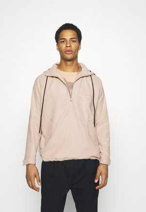 OVERHEAD UTILITY JACKET UNISEX - Summer jacket - sand