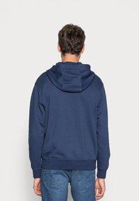 Nike Sportswear - CLUB HOODIE - Sweatjakke - midnight navy/white - 2