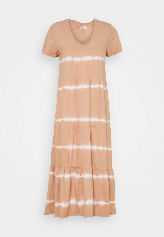 NMBUSTER TIE DYE DRESS - Vestido ligero - praline